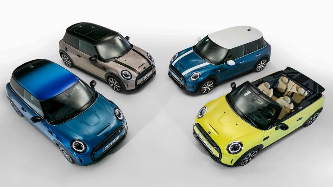Mini在昨日(1/27)宣布推出2022年式車型,其中三門、五門、敞篷車款都有所調整。(圖片來源/ Mini) Mini世代小改款科技配備上身 還可選配「漸層車頂」