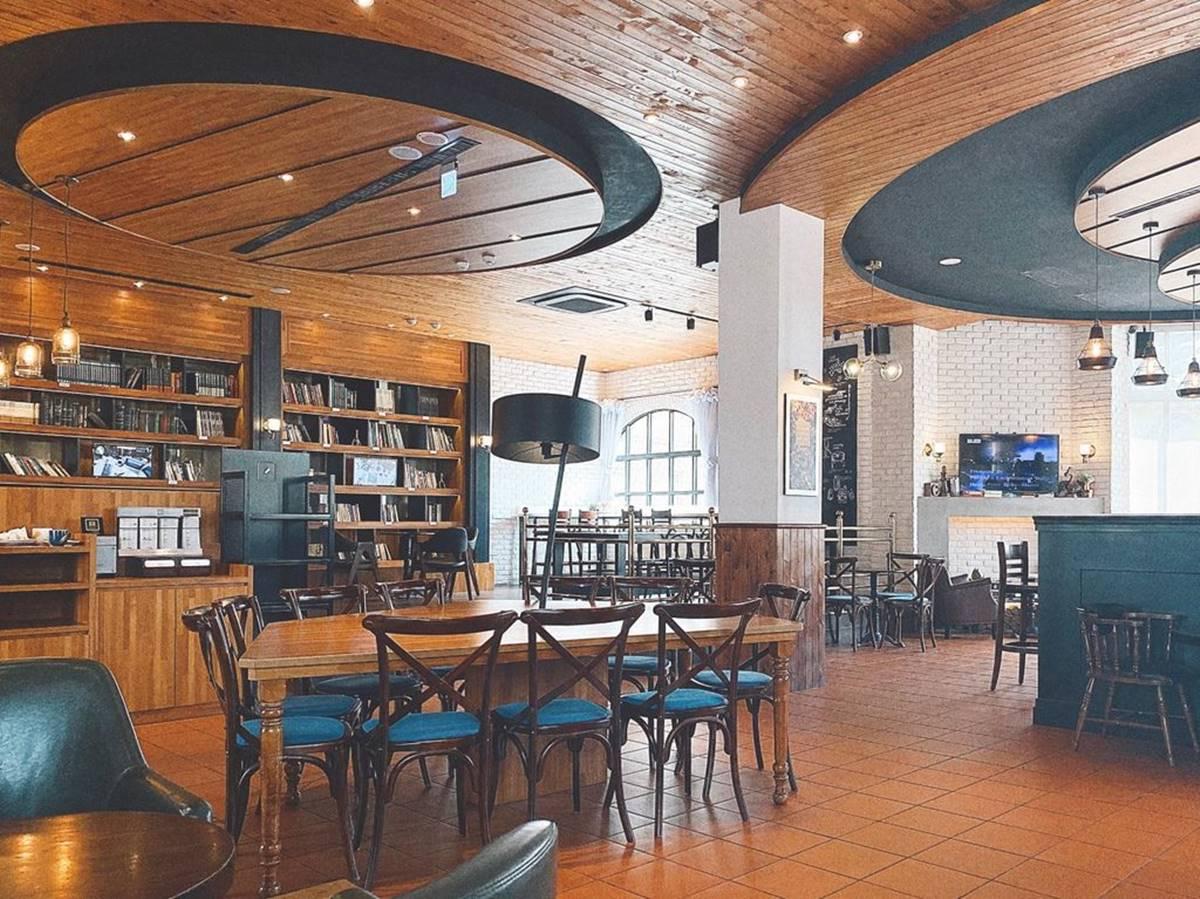 甜點控請收!台中咖啡館每日限定法式舒芙蕾,免費WIFI充電甜蜜一下午