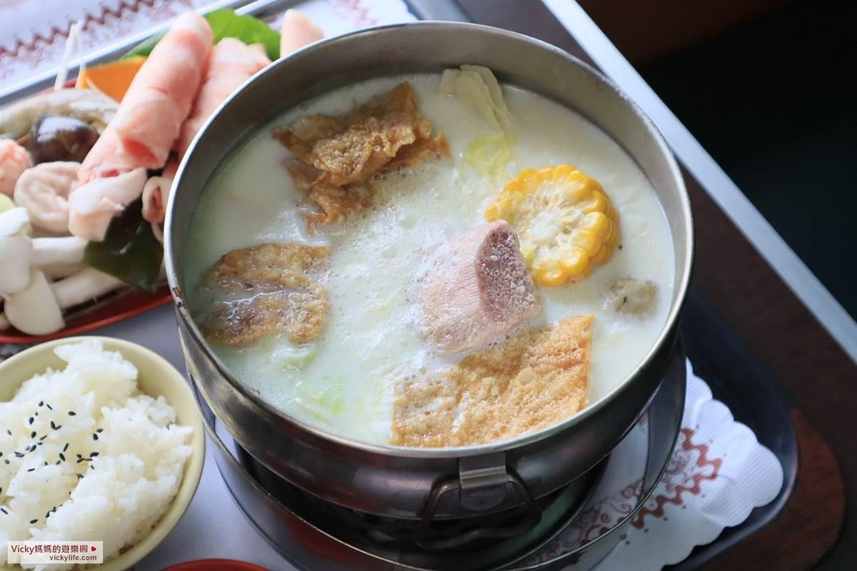 玩一整天也不膩!台南「乳牛的家」搭五分車、餵小動物,還能在火車車廂吃鮮奶火鍋