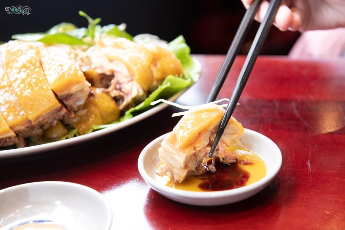阿嬤的味道!桃園復古小吃必點「實實在在一碗麵」,香甜文昌雞沾特製金桔醬更對味
