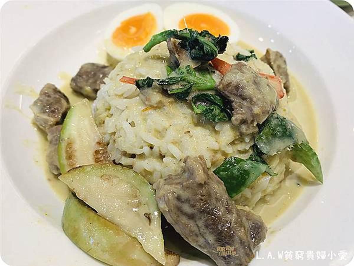 曼谷人氣網美餐廳來中壢了!必吃這6道:減醣「櫛瓜麵」、粄炒打拋雞、松露炸雞翅