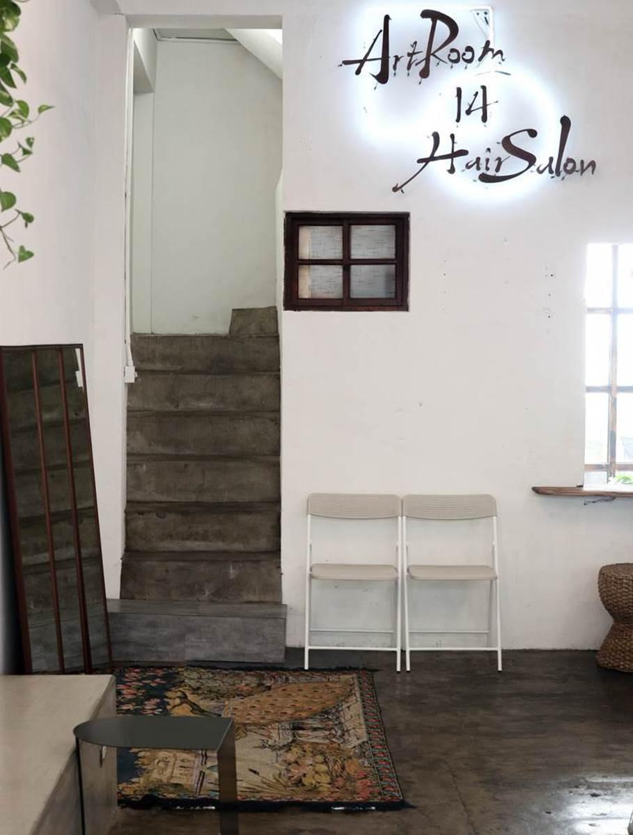 來髮廊吃下午茶!新竹複合式咖啡廳必點限量肉桂捲,晚上搖身一變成酒吧