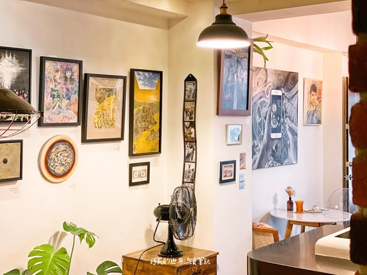 是咖啡廳也是藝廊!韓國超夯油畫吐司台中這裡吃得到,還能欣賞藝術家老闆畫作