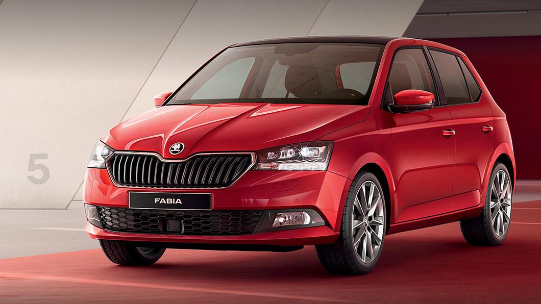 新年式Fabia全車系升級倒車顯影,維持原有建議售價水準上市開賣。(圖片來源/ Škoda) 新年式Fabia配備升級不加價 優惠價71.5萬元起上市