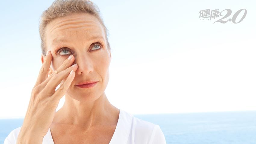 眼睛紅腫「睜眼就痛」!改善乾眼症新療法 3個保養對策 多吃含Omega-3的魚油、核桃