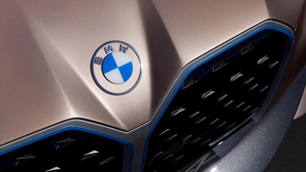 隨著傳統車廠積極搶攻電動車市場,Tesla領先局面可能有所鬆動。(圖片來源/ BMW) BMW總裁豪氣嗆Tesla 傳統車廠終將在電動車領域勝出