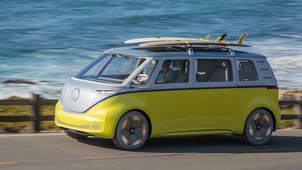 ID.Buzz確定將於2022年量產上市。(圖片來源/ Volkswagen Commercial Vehicles) 超Q小巴ID.Buzz確定明年量產 預計2025自動駕駛化