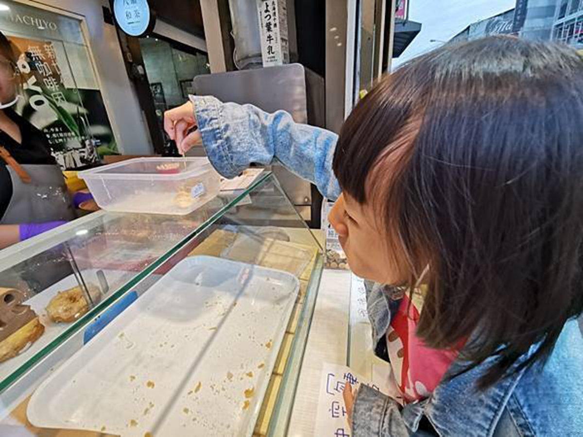 螞蟻人瘋了!台中邪惡系甜甜圈有整塊Oreo,北海道生乳製作口感宛如生吐司