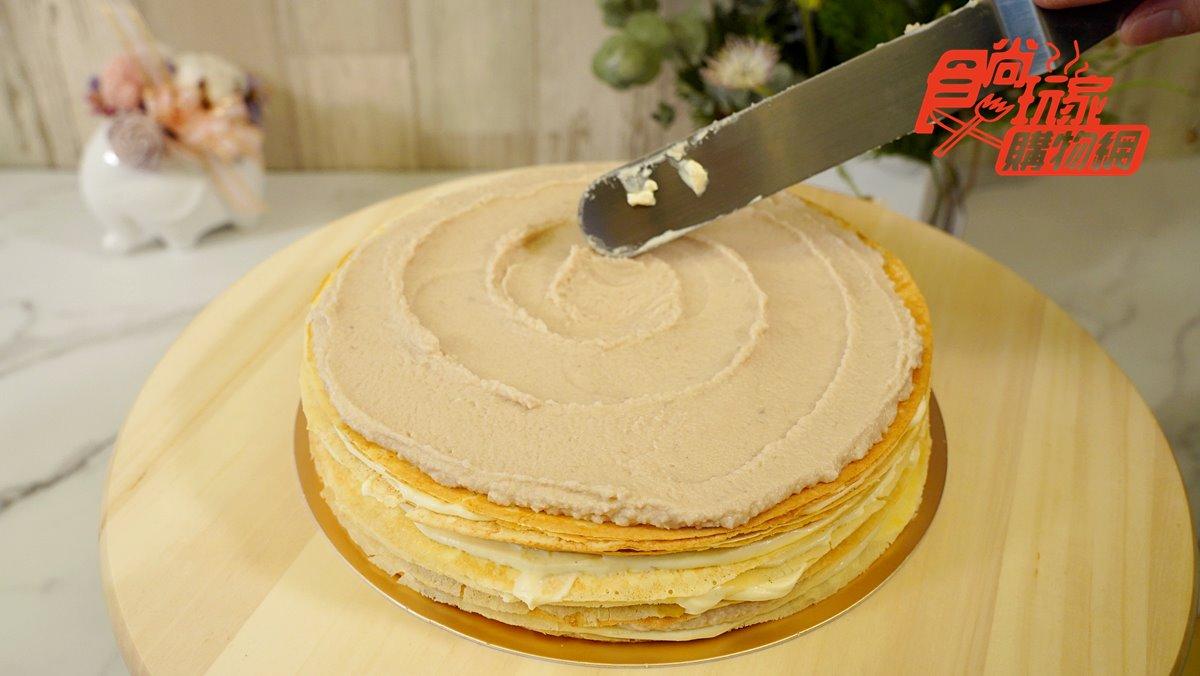 網友激推「平價版LADY M」!人氣千層蛋糕首推「海鹽起司芋頭」,竟然還有榴槤口味