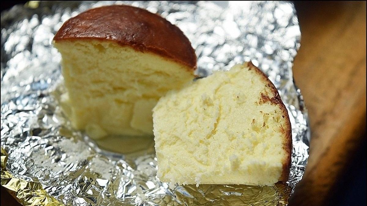 台中人氣伴手禮!乳酪蛋糕絲滑不甜膩還「像金莎」,獨特吃法撒義式香料粉、夾小圓法