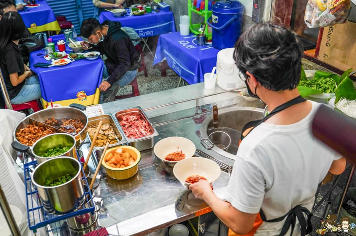 【新開店】泰國人開的!正宗船麵藏身高雄巷弄,必加黃金比例船麵醬