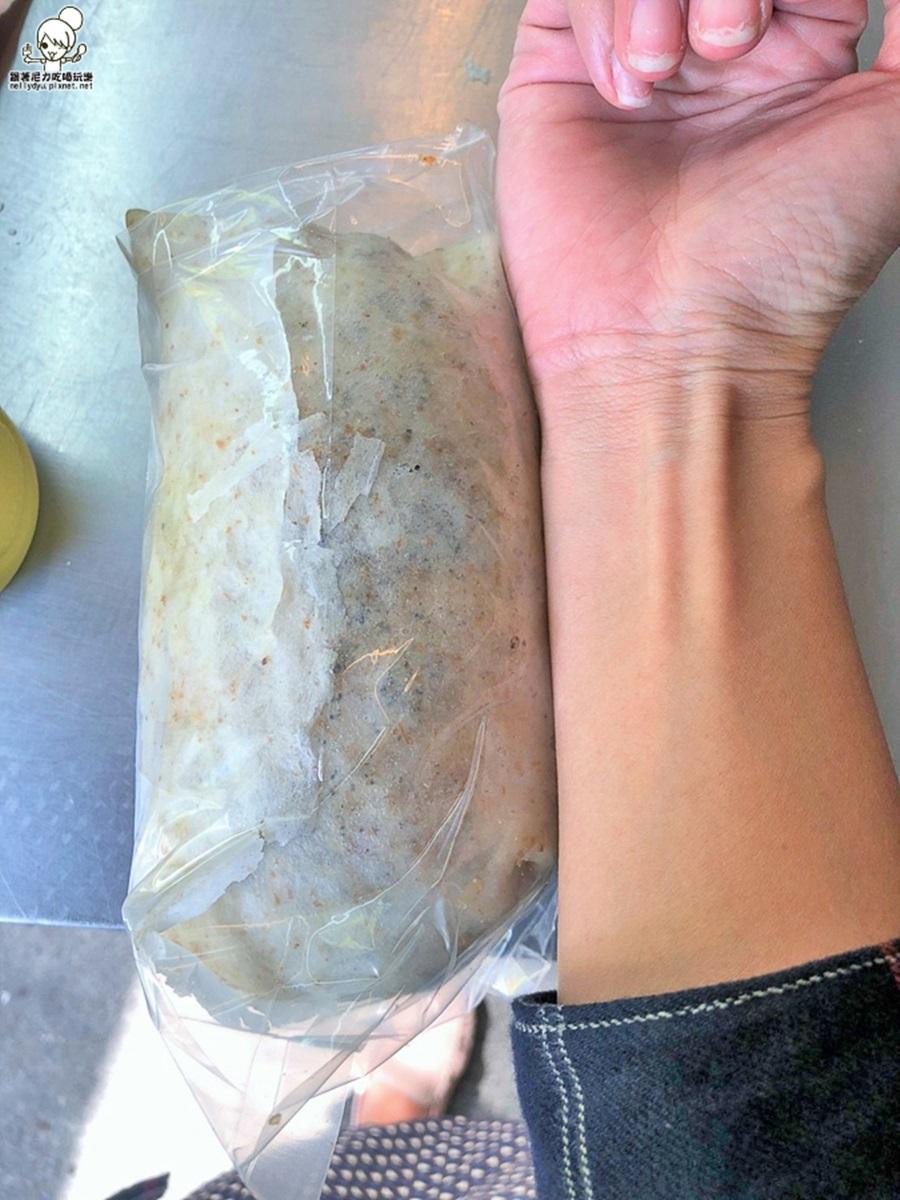 【全台潤餅大PK】東、南部激推8家:比手臂粗巨無霸、66年排隊老店、包2大球瑞士冰淇淋