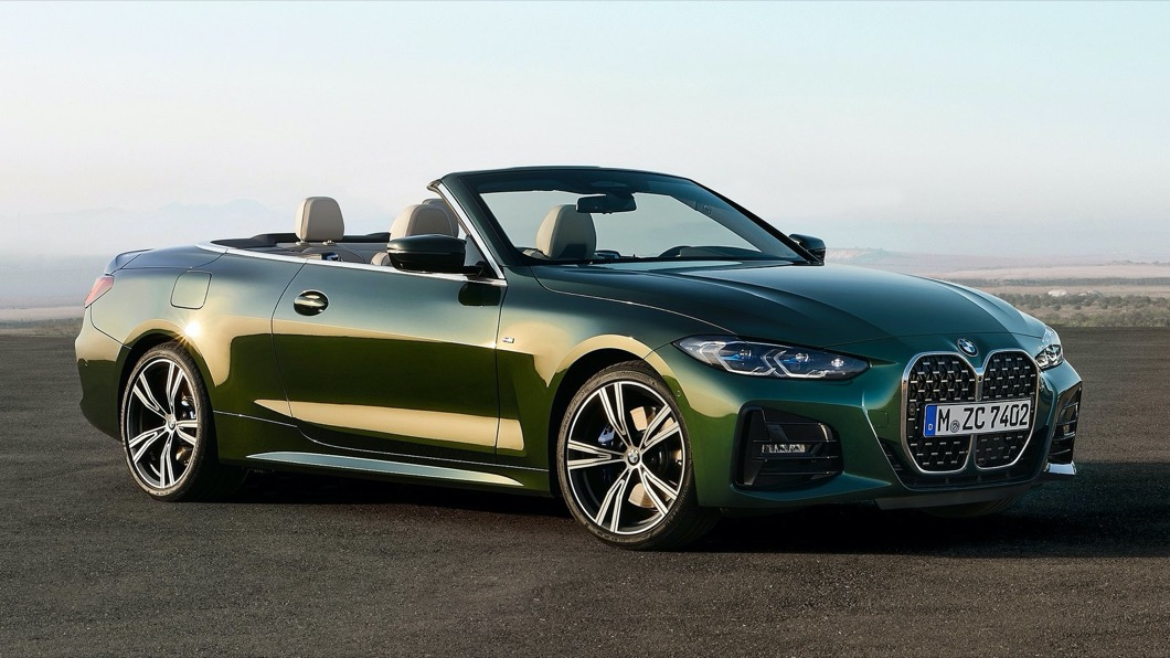 而為了讓車迷體驗更浪漫自由的駕車體驗,BMW特別推出4系列Convertible車型。(圖片來源/ BMW) 18秒看見藍天! BMW 4系列敞篷車預售起跑