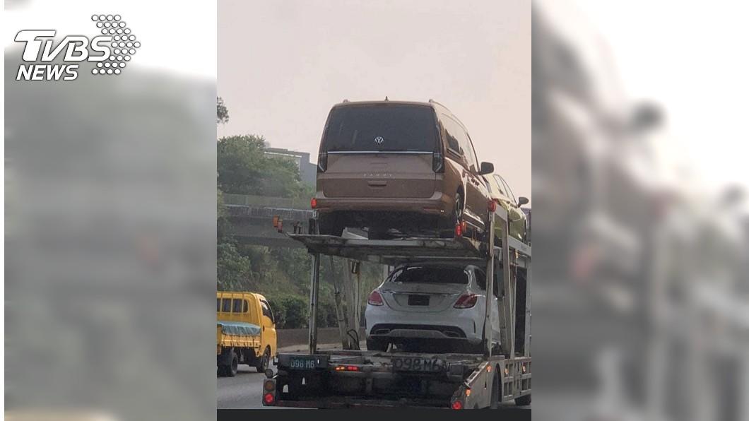 新世代Caddy意外現身國道,經與台灣福斯商旅確認,這輛即是由台灣福斯商旅引進的新世代Caddy。(圖片來源/ 福斯商旅) 獨家/新世代Caddy意外現身 預計暑假在臺上市