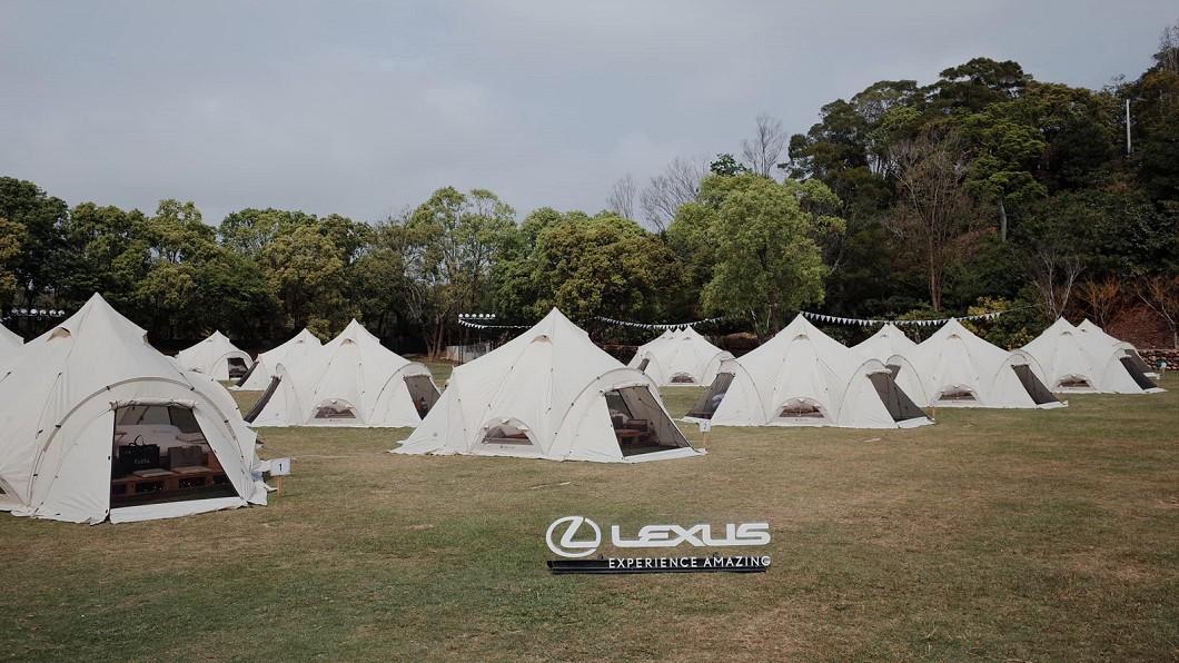 Lexus帶領車主體驗「Experience Amazing」的奢華野營活動。(圖片來源/ 和泰) 世界級手沖咖啡、威士忌特調 Lexus帶領車主體驗奢華野營