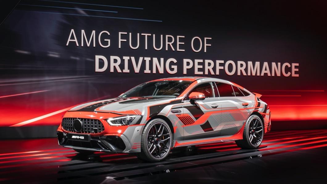 隨著電動車熱潮持續延燒,全球車廠都致力研發電動車相關技術。(圖片來源/ M-Benz) 「電動化」AMG準備好了! E Performance馬力更大、更環保