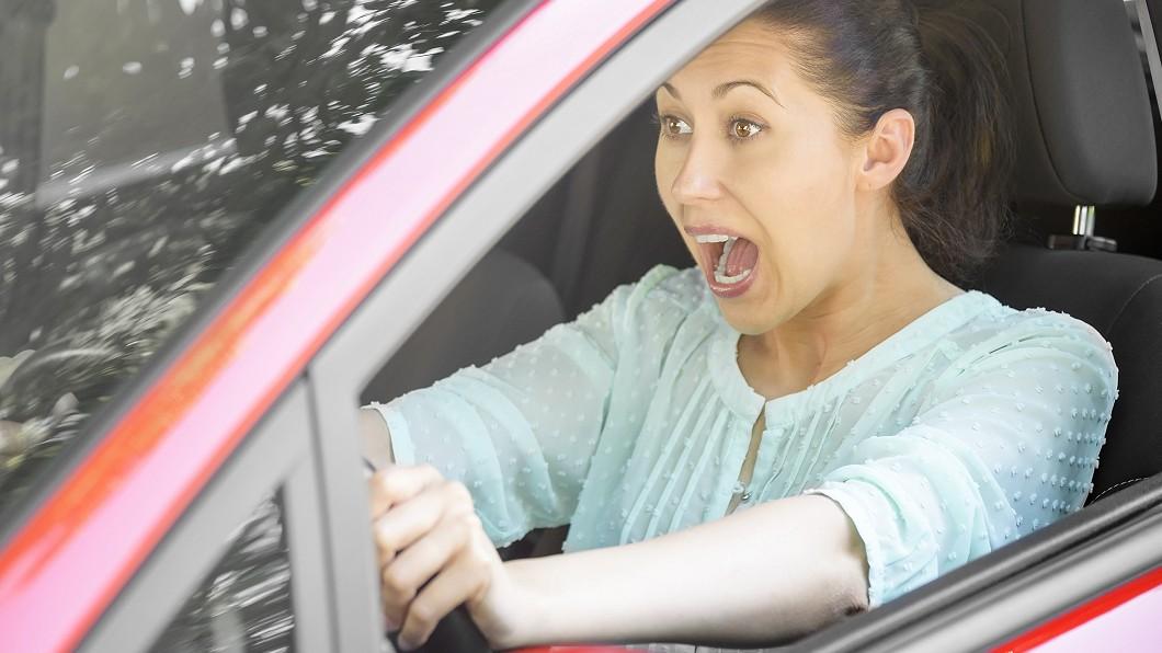 注意煞車失靈的前兆避免上路發生意外。 擔心煞車突然失靈? 5點徵兆出現恐讓你「煞不住」