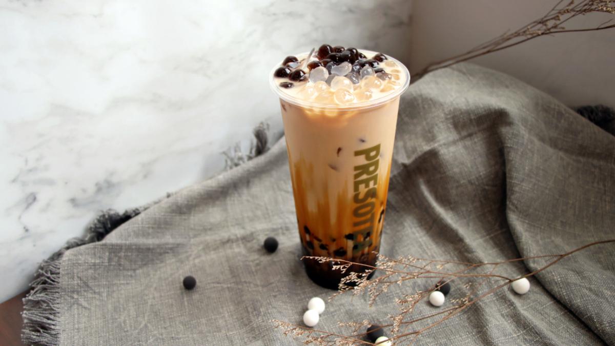歡慶15周年!鮮茶道黑白雙星「熊貓珍珠奶茶」帶著黑糖回來啦