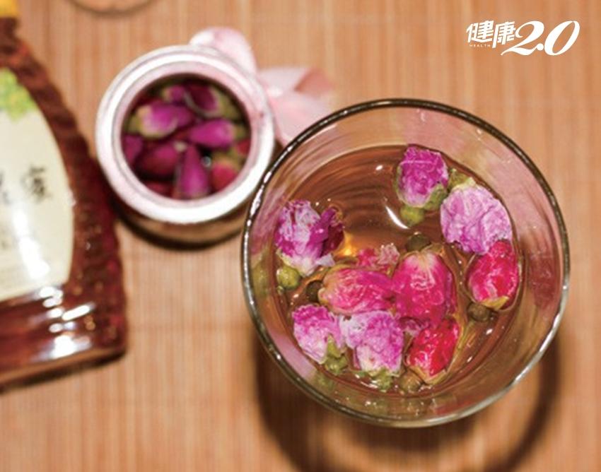 2朵花泡茶喝好處多!消除疲勞、安神解鬱、潤肺護肝、養顏美容