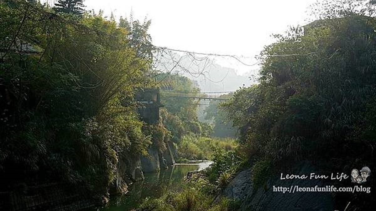 帶小孩來探險!打卡台中超神祕「蝙蝠洞」,順遊大吊橋還可踏青走步道