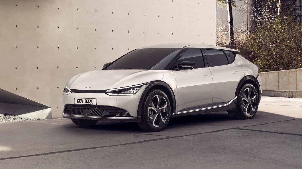 Kia EV6預售就超越原廠銷售目標3倍之多。(圖片來源/ Kia) Kia EV6電動車超好賣 預購就超過銷售目標3倍