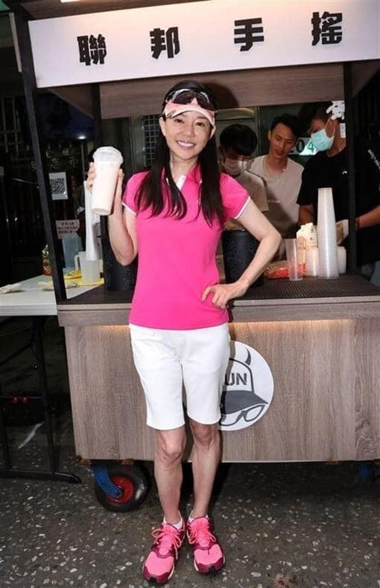 孫安佐輸了!館長陳之漢「首家飲料店」台南開幕,挑戰「完全不加糖」將會開4家店可喝