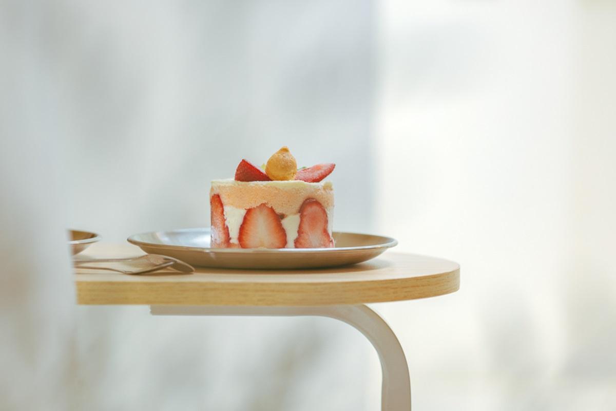 純白系「超韓」甜點店限時開放!必吃「芋頭紫薯戚風」浪漫一下,Q萌兔兔吐司小孩會愛