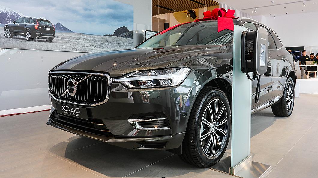 Volvo與匯勝汽車於今日共同宣告嘉義VRE展示中心啟用。 Volvo嘉義VRE展示中心啟用 快充網路佈局悄悄啟動