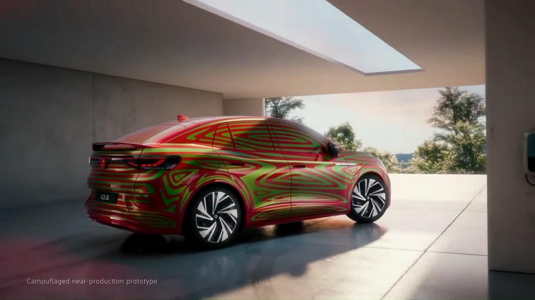 Volkswagen預告將會推出ID.5電動跑旅。(圖片來源/ Volkswagen) ID.5電動跑旅身影乍現 GTX性能版本亦蓄勢待發