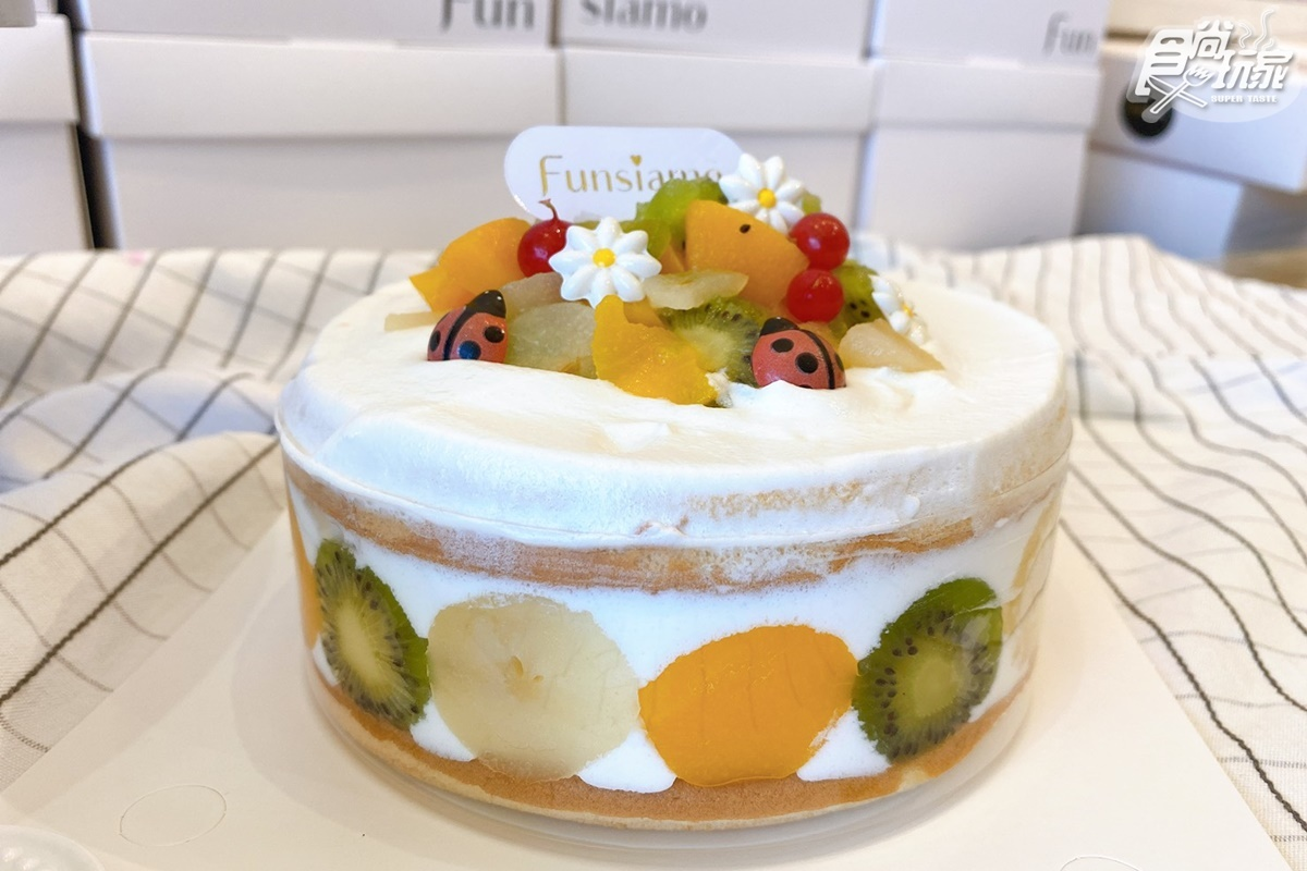 2021母親節蛋糕推薦!10款浮誇系蛋糕:祝福烙印、山形捲、冰淇淋花束送進心坎裡