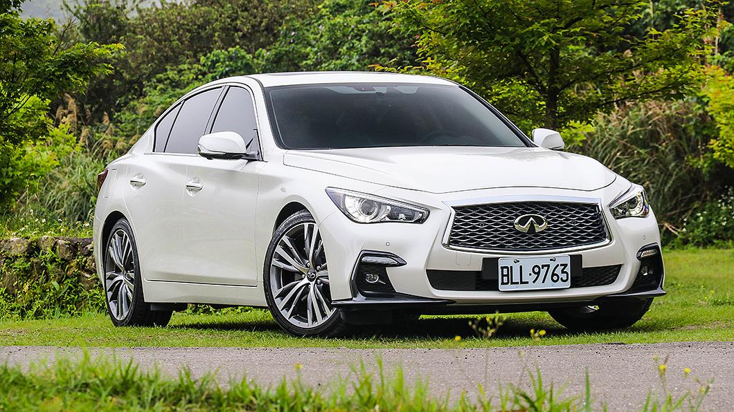 Q50車系藉由年式更新換搭3.0升V6雙渦輪增壓引擎。 【試駕】Q50擁GT-R動力技術 四分之一價格就能享受
