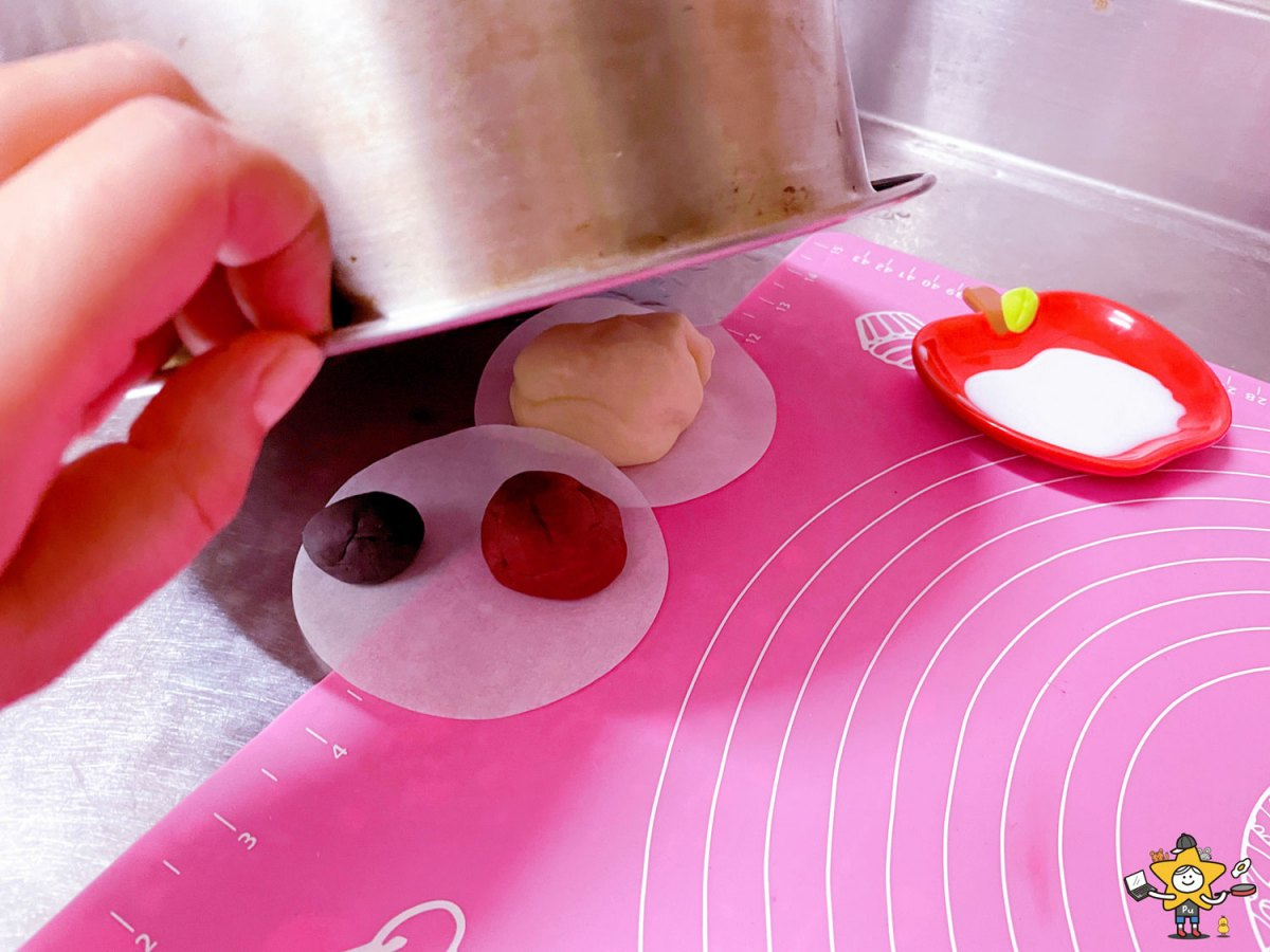 好吃又好玩!超可愛鯊鯊包在家也能DIY,步驟簡單、用電鍋就能做