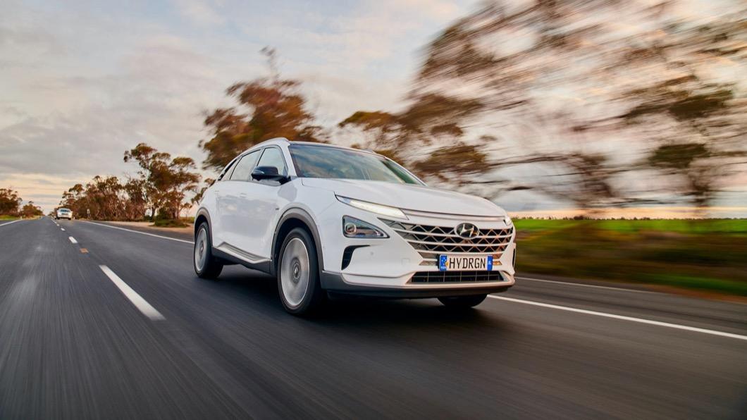 隨著子品牌Ioniq的推出,Hyundai也打算進一步擴大電動車陣容。(圖片來源/ Hyundai) 現代Nexo續航力破紀錄 一桶「氫燃料」跑887.5公里