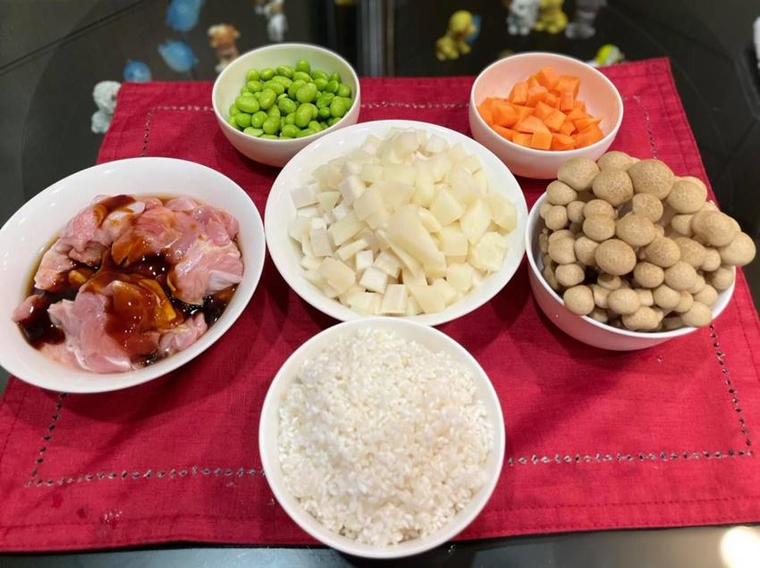 在家防疫,媽媽不要太累了!譚敦慈教用電鍋做炊飯,零廚藝也能輕鬆上手