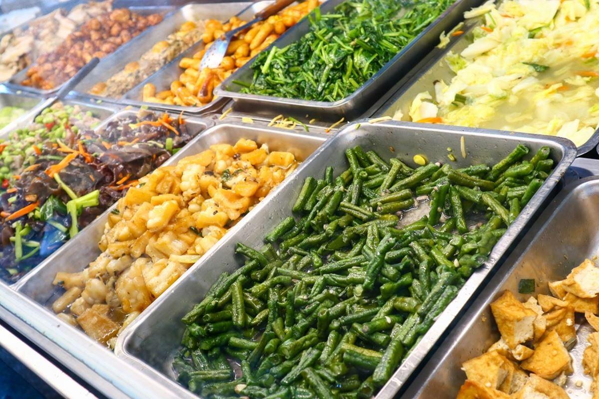 小資族必收!北投4家高CP值便當:100元3主菜、在地人回憶排骨飯、30種餐點選擇