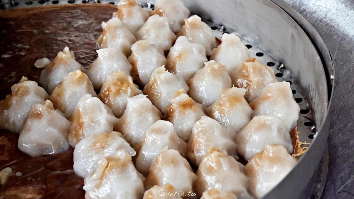 1顆只要7元!台南手工「山形」肉圓鹹香餡飽滿,大顆芋丸吃得到滿滿芋頭籤