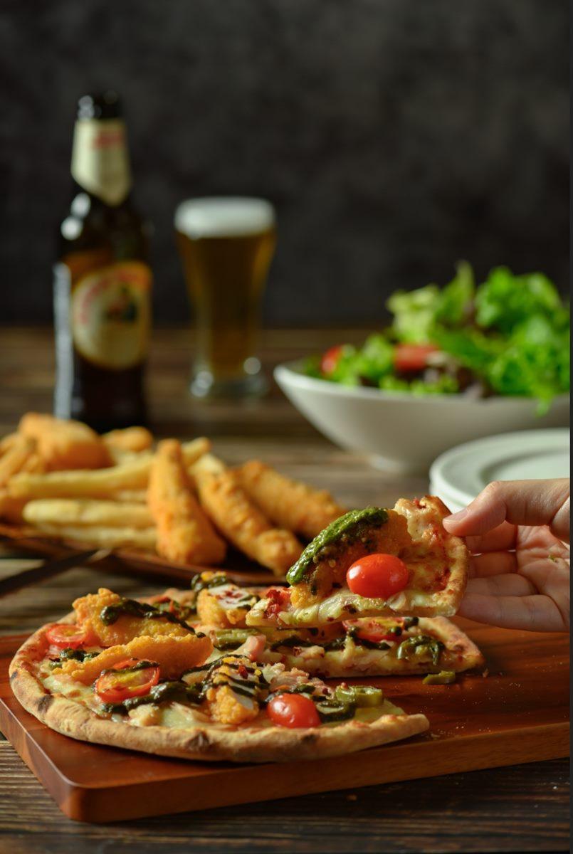 2大美食餐廳推「披薩外帶買一送一」優惠,加碼「人氣漢堡店」推單點漢堡送套餐組合