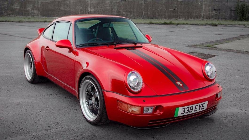 一間名為Everrati的科技公司,以經典氣冷老911(964)為基礎,打造出Signature純電911。(圖片來源/ Everrati) 把老911改成電動車 Porsche迷:安捏甘厚?