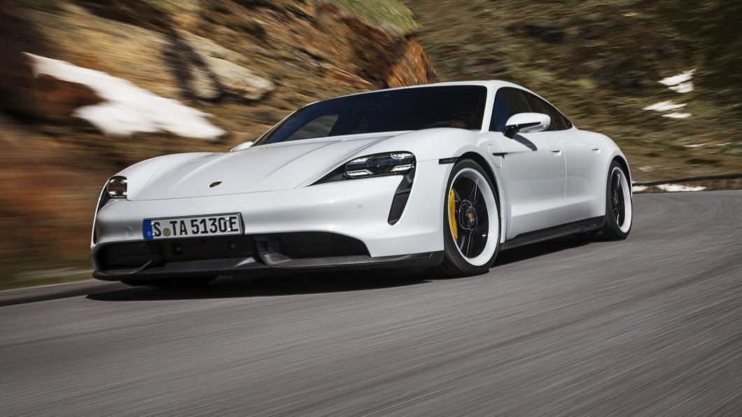 據外媒報導,保時捷將以A4 e-tron為基礎開發出第3款純電車系並擔任入門電動跑車的角色。(圖片來源/ Porsche) 傳保時捷將推臺幣200萬電動車? 預備強勢狙擊Model 3