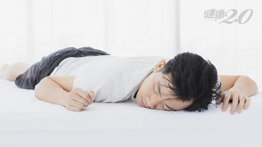 輕症患者呼吸困難心悸,醫曝三妙招非藥物緩解,「這姿勢」可減少肺葉壓迫