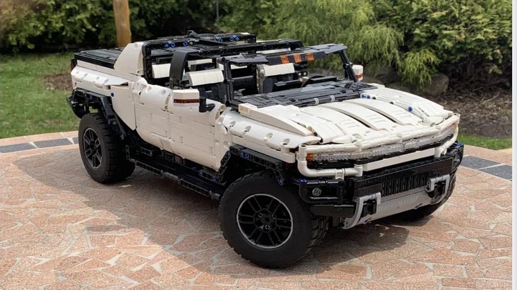 全球各地擁有許多玩家支持的樂高汽車模型,有網友自行設計了可獨一無二的Hummer EV。(圖片來源/ Lego Ideas) 樂高有出悍馬遙控車? 網友神之手驚翻眾人