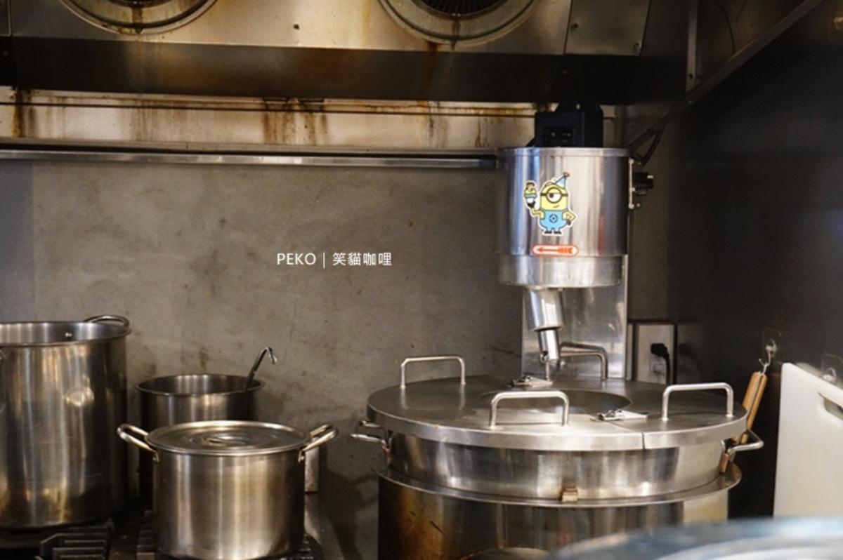 從攤車開到店面!「自炒咖哩」專賣店必點人氣最高歐風牛,防疫冷凍包微波即食超方便