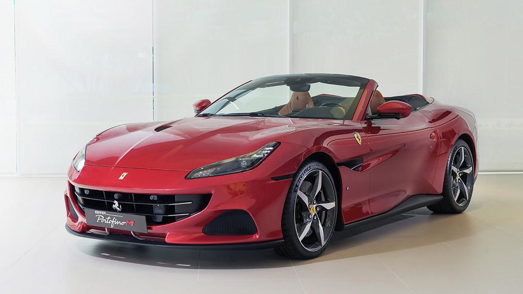 Portofino M搭載3.85升V8渦輪增壓引擎,能夠繳出611匹馬力、77.5公斤米扭力,時速0-100公里加速只要3.45秒。(圖片來源/ Ferrari) 法拉利Portofino M臺灣標配1,298萬元起 上空紅鬃烈馬性能再提升