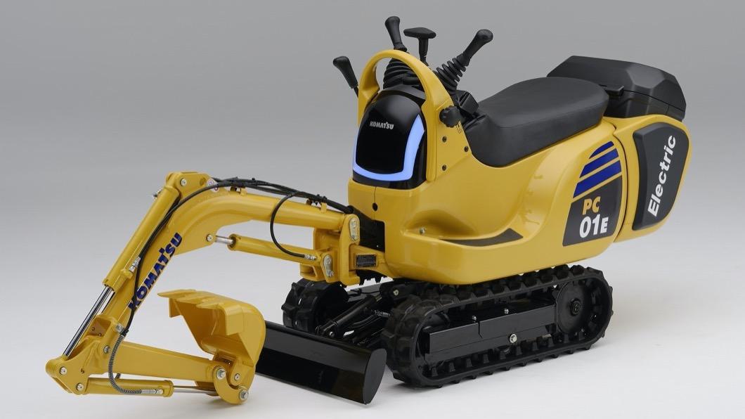 Honda於6/10宣布與小松製作所聯手開發可換電池的小型挖土機PC01。(圖片來源/ Honda) Honda與小松製作所聯手開發挖土機 PC01將搭載可換電池技術