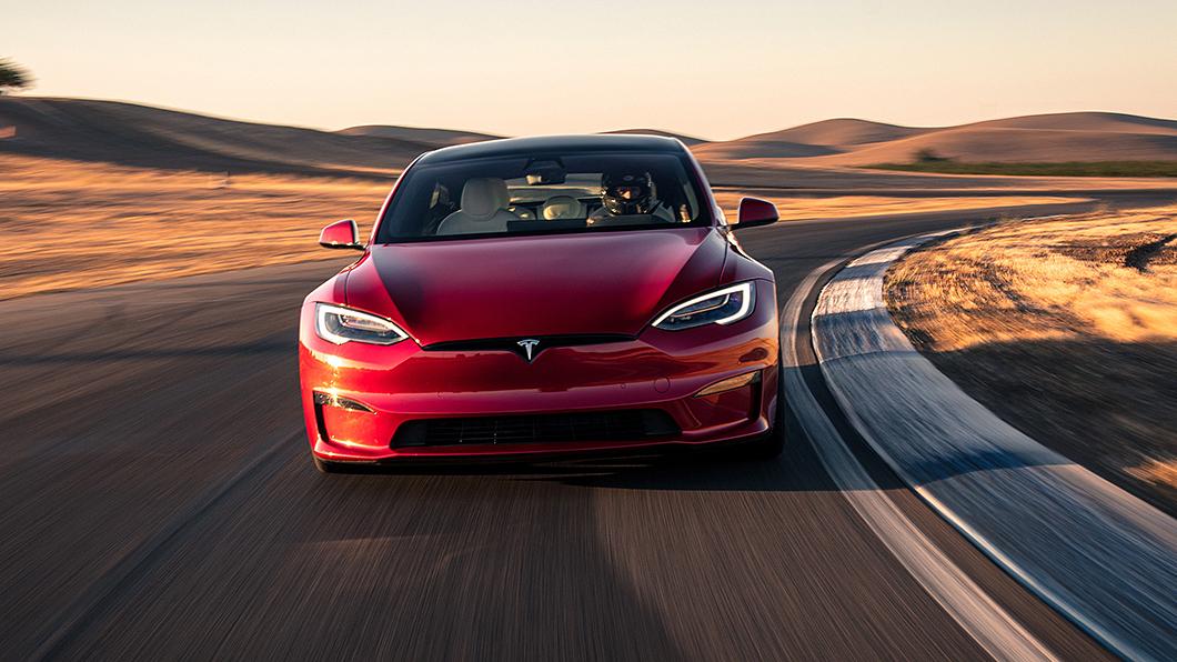 Tesla在中國大陸打造一條電能絲路,東西相距近5,000公里,沿途有27個超充站。(圖片來源/ Tesla) 電能版一帶一路? 特斯拉27座超充站貫通5千公里古絲路