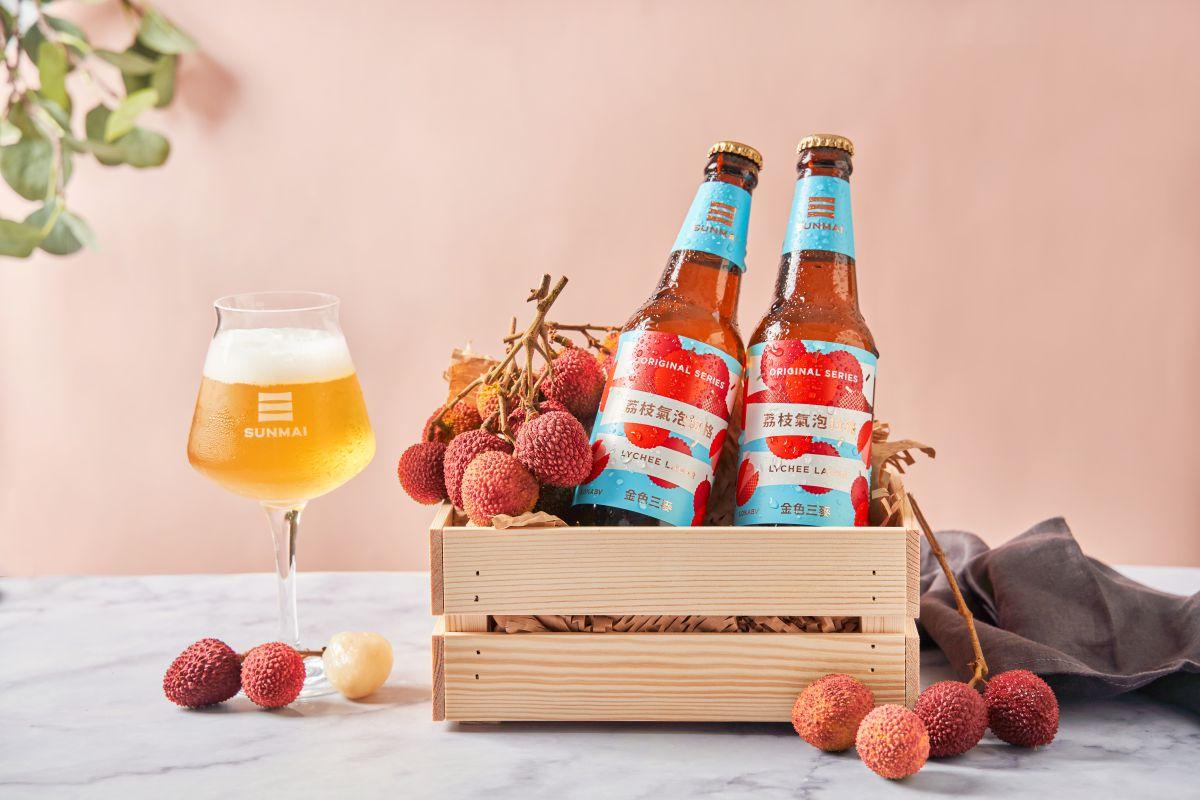 酒控必喝3款「拉格啤酒」!金色三麥推巨峰葡萄、烏葉荔枝口味,加碼嘗橙香白啤酒