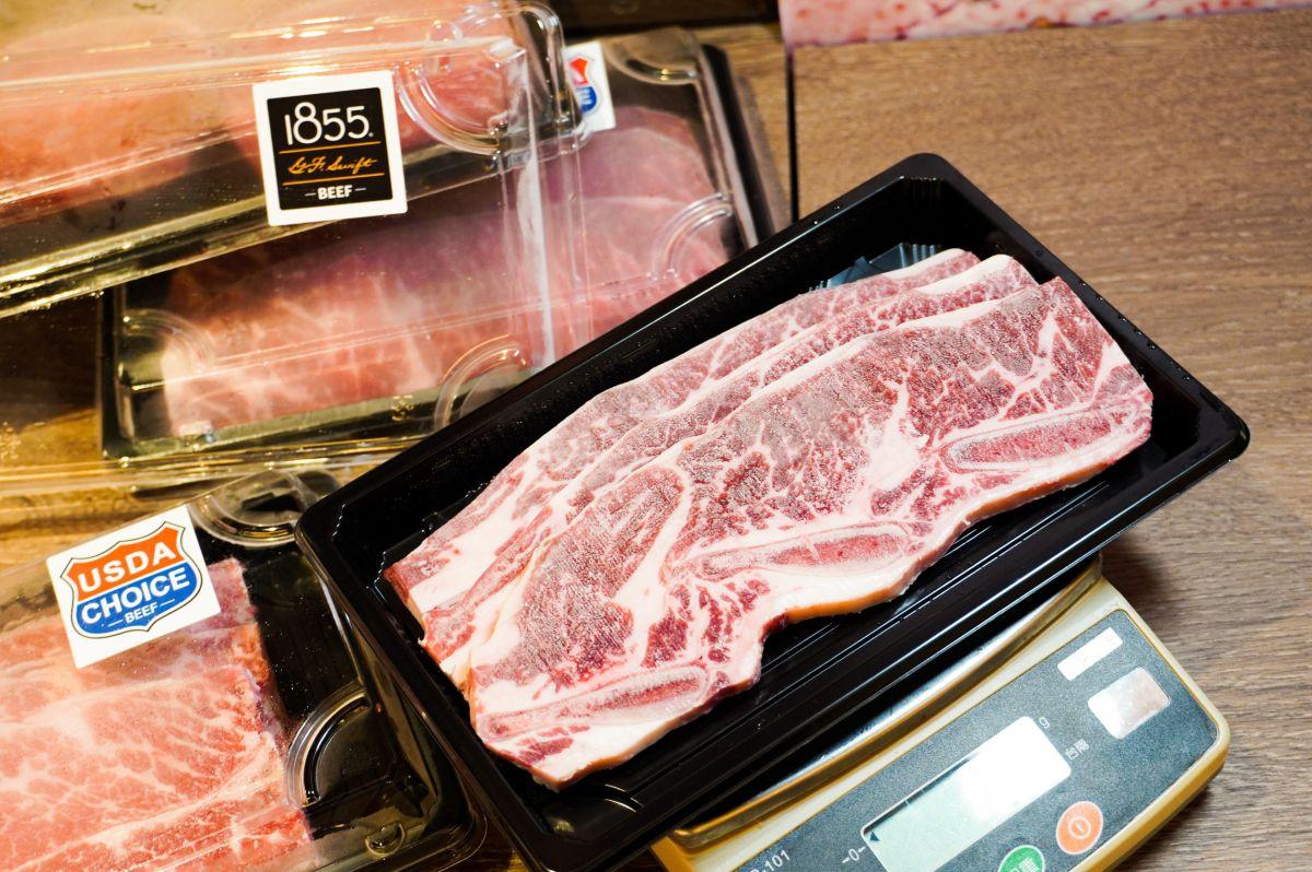 人氣燒肉店變身「肉鋪」專賣店!帶骨牛小排、究好豬、雞腿肉外帶5折,海鮮包47折