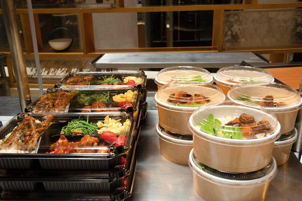 君悅、喜來登「Buffet帶回家」!吃到飽好料最低20元能外帶,龍蝦、牛排都能吃