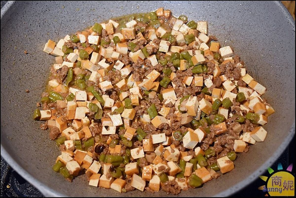素食族福音!4.5星蔬食餐廳「防疫便當」吃得到唰嘴打拋豬,手工調理包簡單加熱超下飯