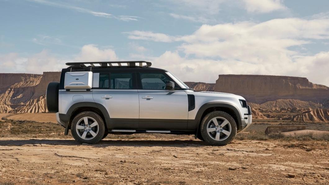 Defender大改款後相當受到歡迎,未來將會於110車型的基礎上增加車長,開發130車型符合七人座空間。(圖片來源/ Land Rover) Land Rover Defender 130車型現身! 第三排空間更加寬敞